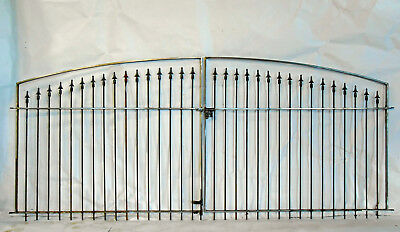 All Stakes With Cast Finial Driveway Gate - Rectangle Steel Tube Stock