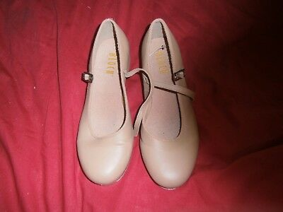 Tap shoes, Bloch, tan, big girls size 7 in box
