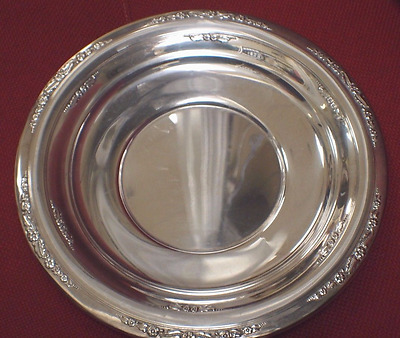 "International Sterling Courtship H280 10"" Plate"