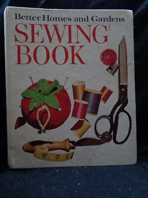 Vintage Better Homes and Gardens Sewing Book, 1970