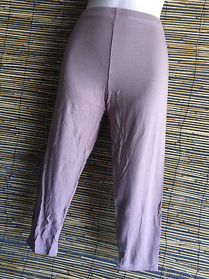 Lot of 4 spandex 3/4 leggings.Generous fit.4 colours.Gd quality.Fit many.REDUCED