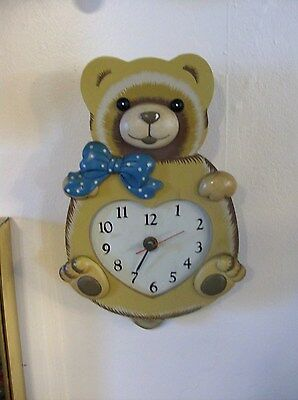 Very Nice Bears Pendulum Wall Clock  ( No  Box))