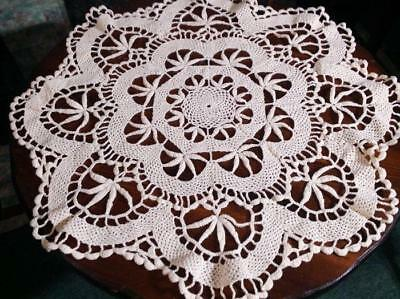 Vintage Doily Crocheted Lace Floral Scalloped Round Cream 26""