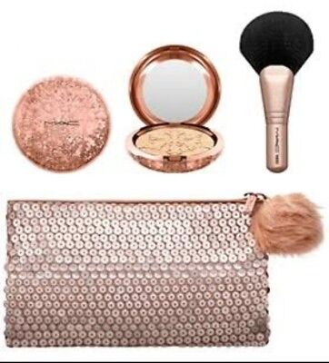 MAC Snow Ball Holiday Face Bag WHISPER OF GUILT * 5% OFF code P5OZZIE *
