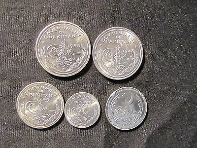 Lot of 5 High Grade Pakistan Coins - 1948 1 Rupee, 1949 1 Rupee, 1949 Half Rupee