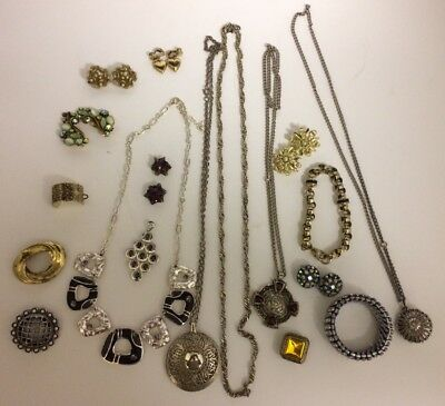 Lot Of Antique / Vintage Quality Jewellery / Costume / Misc Lot. Mix