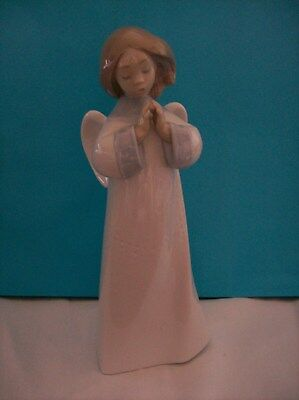 """Lladro Figurine """"an Angel's Song"""" # 6789 Retired In Box With Papers Mint"""