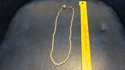 Vintage Single Strand Faux Pearl Necklace   Pretty Clasp