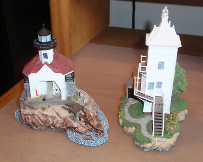 2 Harbour Lights Society Exclusive Lighthouses #544 Cuckolds & #544 New Castle