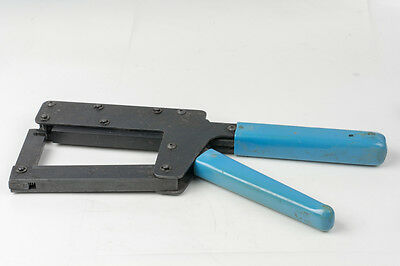 T&B Ansley 779-2100 Crimper Thomas & Betts Blue Macs Hand Tool + 4 attachments