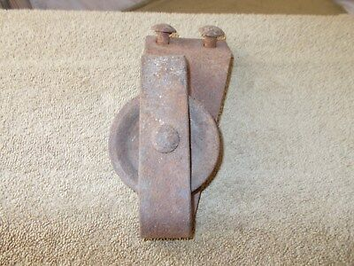 Vintage Cast Iron Barn Door Roller Pulley Caster Farm Machine  Hay Carrier