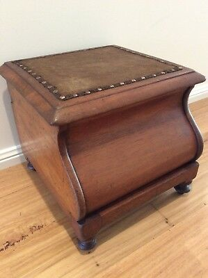 ANTIQUE CEDAR COVERTED POTTY BOX/SEAT/STOOL W/storage