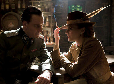Inglourious Basterds UNSIGNED photo - K7620 - Diane Kruger
