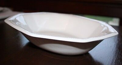 "Johnson Brothers Heritage White Serving Dish 10"" Great for veg & roast pots"