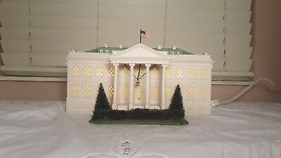Dept. 56 American Pride Collection Lighted The White House 56.57701
