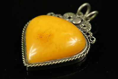 Natural OLD Antique 6.3gr Butterscotch Egg Yolk Baltic Amber stone PENDANT B051
