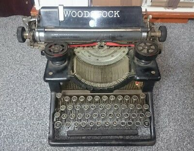 Vintage Woodstock Typewriter Model No. 5N Made In Chicago USA 1920s or 1930s