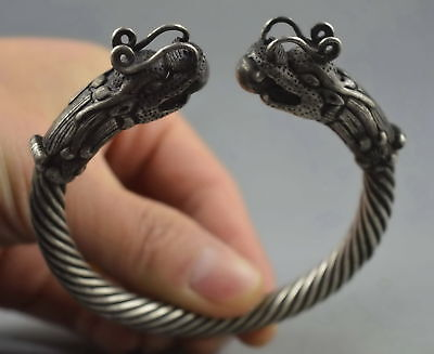 China Colectable Handwork Old Miao Silver Carve Myth Dragon Bite Bead Bracelet
