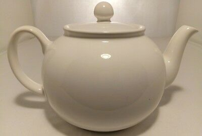 Vintage White Teapot By Pristine England ~ 6-8 Cups