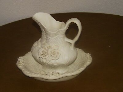 "Cream Ivory Pitcher and Bowl Wash Set (9""x19 Pitcher; 8-3/4"" x 11"" bowl)"