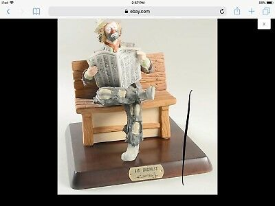 emmit kelly jr. reading newspaper on bench #5974 limited edition