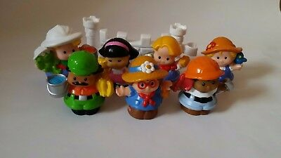 Fisher Price 7 x little people