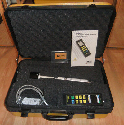 Narda 8712 with 8721D probe, cable,manual & case. CALIBRATED; EMF testing & HSE.
