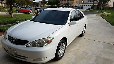 2004 Toyota Camry  2004 Toyota Camry LE