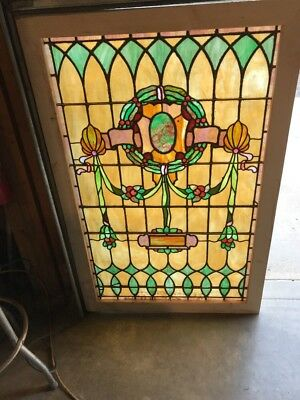 Sg 1738 Antique Stainglass Landing Window Welcome Wreath 34.25 X 52.5