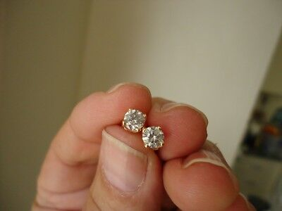 brand new app.0.80cttw 100% natural diamond studs in 9k yellow gold