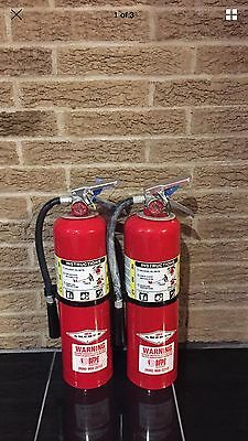 SET OF (2) REFURBISHED 10lb ABC Fire Extinguisher & Wall Bracket Cert.tag (nice)