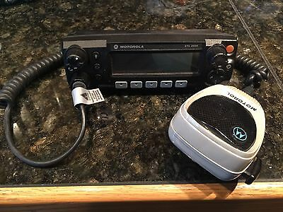 Used Motorola XTL2500 M5 Control Head with Palm Microphone