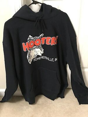 New XL Authentic HOOTERS Hoodie Rare Town Schererville, Indiana ~ Men's Women's