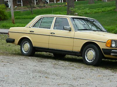 1981 Mercedes-Benz 300-Series  1981 Mercedes 300 D series  Great Condition!!!