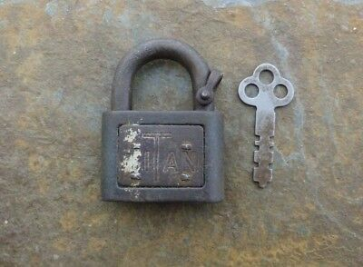 Rusty Antique Cast Iron and Steel Yale & Towne TITAN Padlock &  Key