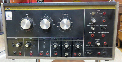 B & K PRECISION T.V. TELEVISION ANALYST ANALYZER Model 1077B