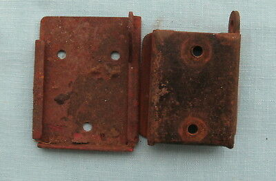 Original Advance gumball or big Mouth peant machine complete wall bracket