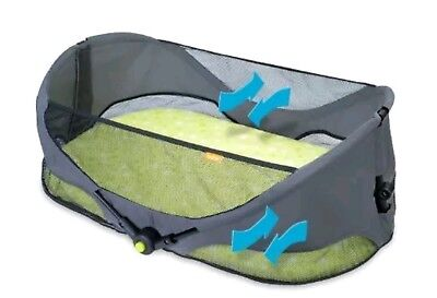 Brica Fold N Go Travel Portable Bassinet PRE-OWNED GREAT CONDITION