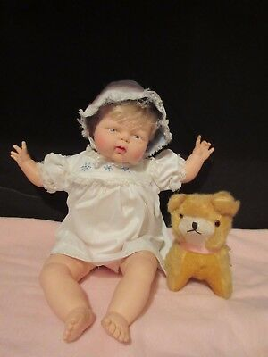 "Vtg Effanbee Baby Wiggle Baby Doll 14"" Wind Up Lullaby & Doll Moves"