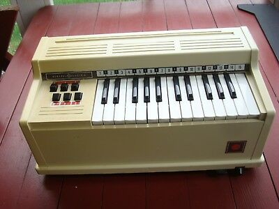 Child's Vintage GE Electric Chord Organ Keyboard Tabletop 1960s Youth N3800