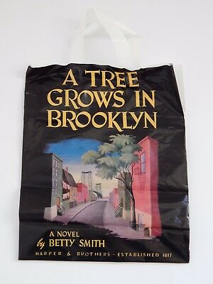 Barn & Noble Booksellers A Tree Grows in Brooklyn Shopping Gift Bag Plastic