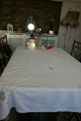 """Gorgeous Antique French Large Oblong Tablecloth 70"""" L x 48"""" W Lace & Whitework."""