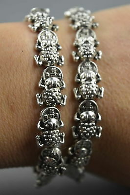 Collectable Handwork Decor Miao Silver Carve Frog Bite Wealthy Fashion Bracelets