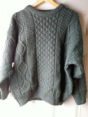 Quill's Woollen Market. Ireland. 100% Wool Sweater. Very good condition. EUC.