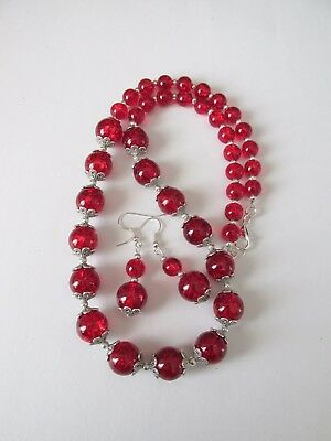 NS8 1 set red crackle glass necklace and matching earrings