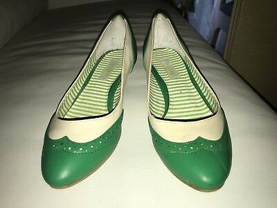 Vintage Green & White 1950's Style Shoes - Size 7