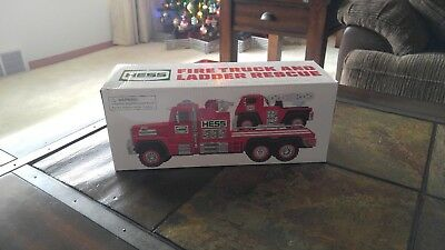 2015 51st Hess Collectible Toy Fire Truck And Ladder Rescue