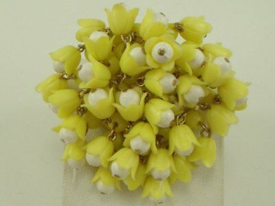 Vintage Retro 70's Yellow Tulip Cluster Flower Pin Brooch Lucite Plastic