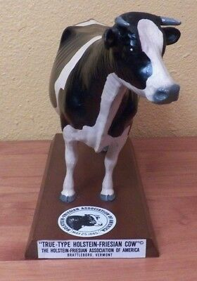 True-Type Holstein-Friesian Cow Association of America Wooden Model Vermont Mint