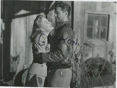 ROBERT CUMMINGS & PRISCILLA LANE in HITCHCOCK'S SABOTEUR RARE  PHOTO